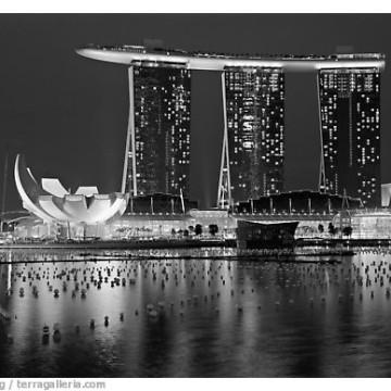 Marina Bay Sands and harbor at night. Singapore
